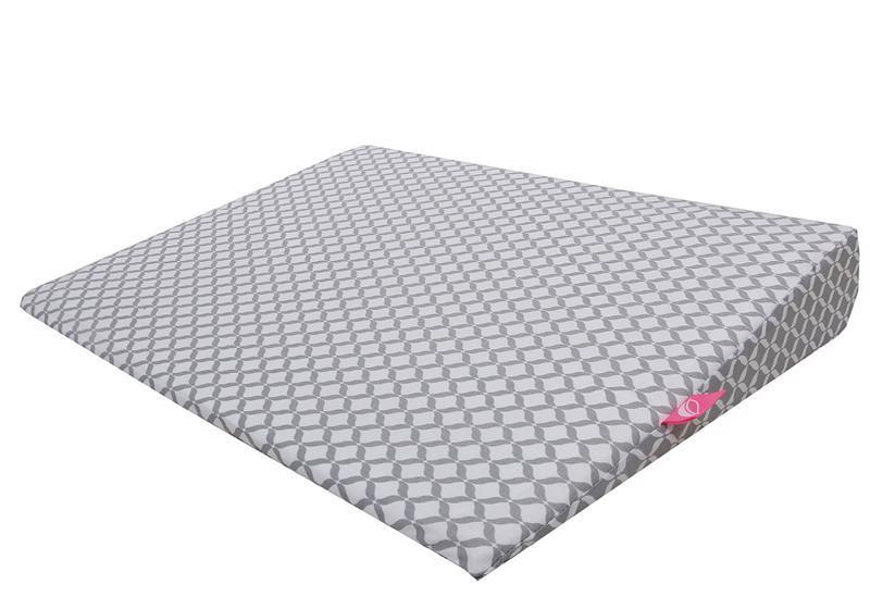 Vankúš klín Grey Classics 60x45cm, 0-6m