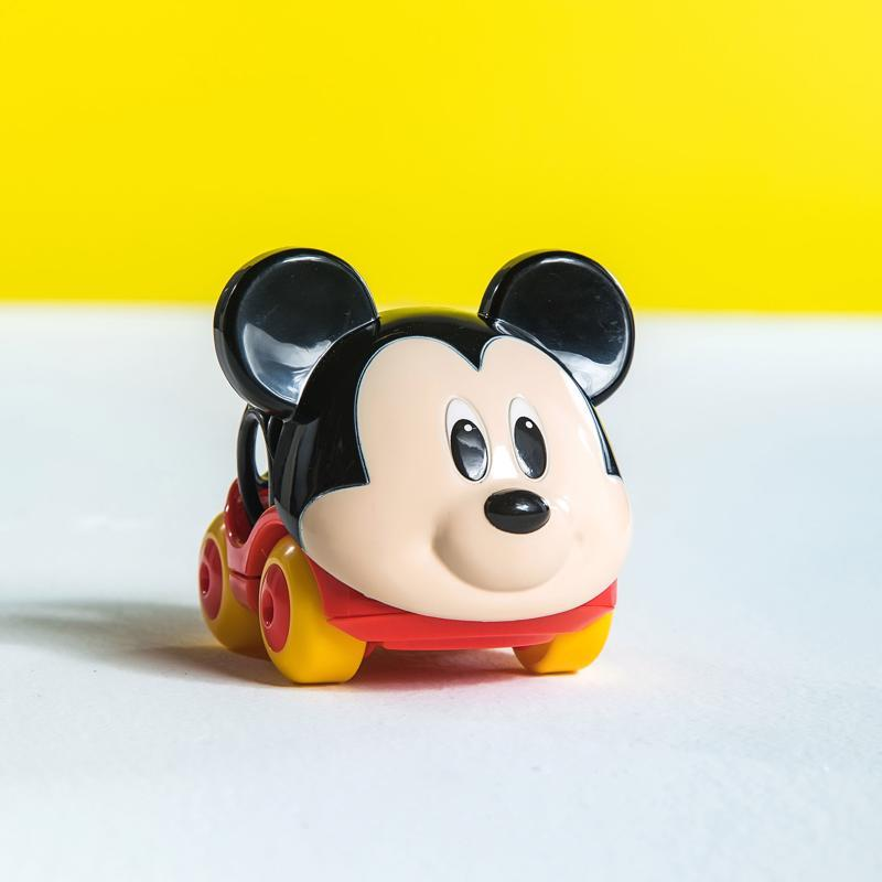 DISNEY BABY Autíčko Mickey Go Grippers™ 6m+,  V000187