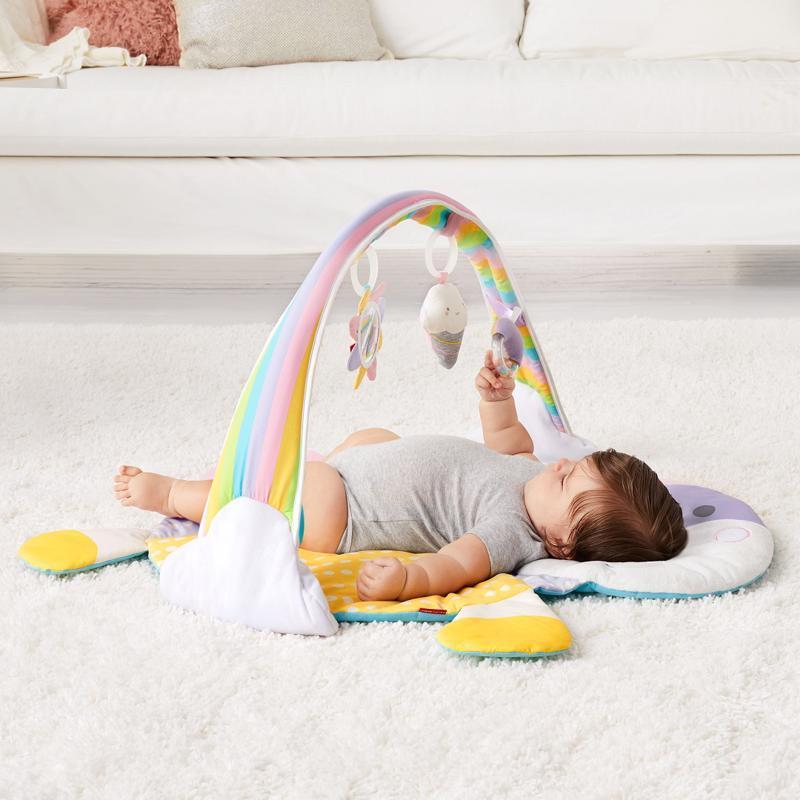 SKIP HOP Deka na hranie 4 hračky, vankúšik Jednorožec 0m+