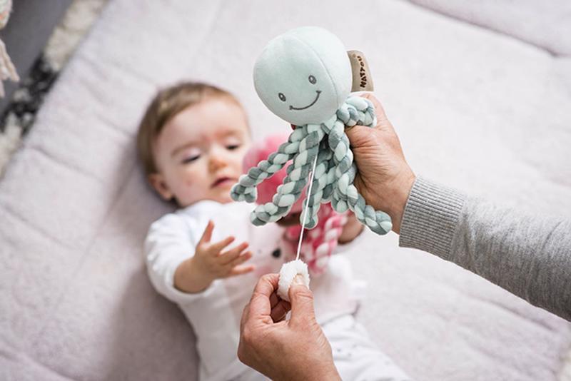 Prvá hračka bábätka hrajúca chobotnička PIU PIU Lapidou coppergreen - mint 0m+