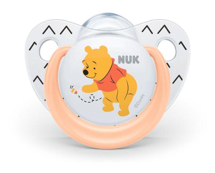 NUK Cumlík Disney - Macko Pú, silikón, V2 (6-18 m.) + box oranžový
