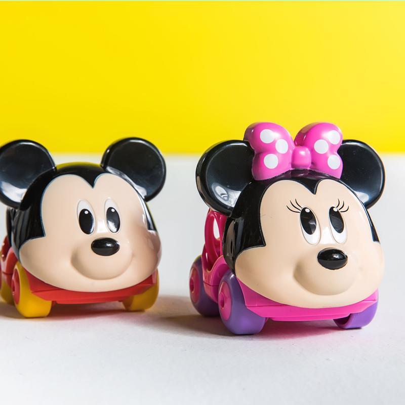 DISNEY BABY Autíčko Minnie Go Grippers™ 6m+