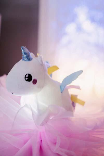 PABOBO Svítící mazlíček SHAKIES jednorožec
